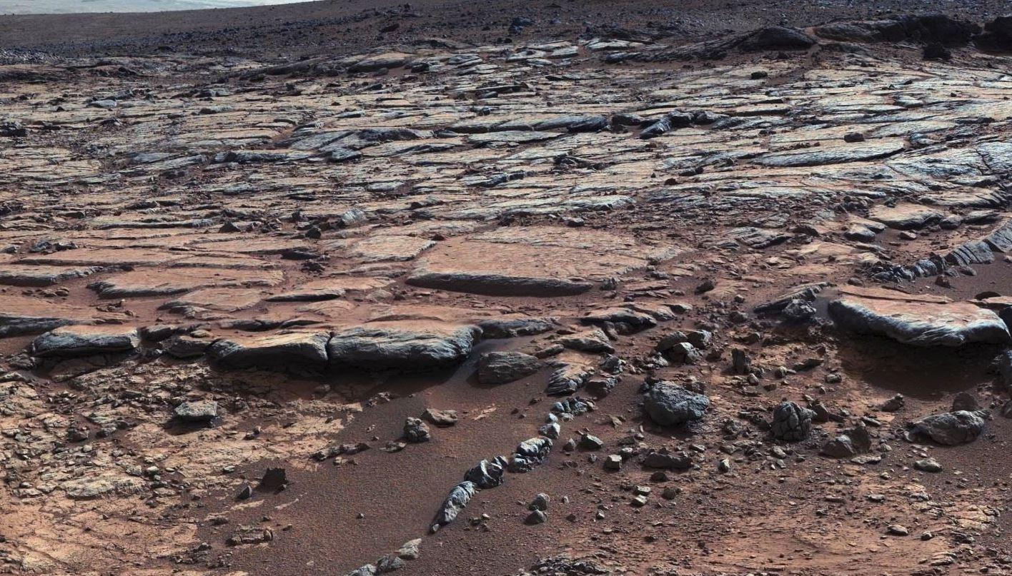 火星の地表写真は捏造?NASAの火星探査に関する4つの疑問