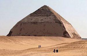 ピラミッドの謎は解明されるか?ピラミッド建設5つの謎
